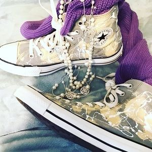 Converse Chuck Taylor hand painted high tops 10